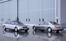 Обои автомобили Maybach 57 and Maybach 62 - 2002