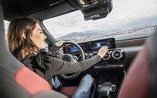 Обои автомобили Mercedes-Benz A 200 AMG Line - 2018