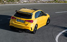 Обои автомобили Mercedes-AMG A 35 4MATIC - 2018