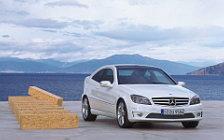 Обои автомобили Mercedes-Benz CLC220 CDI - 2008