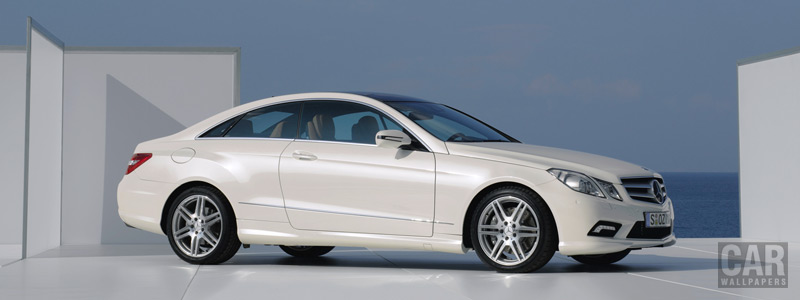 Обои автомобили Mercedes-Benz E-class Coupe AMG Sport Package - 2009 - Car wallpapers