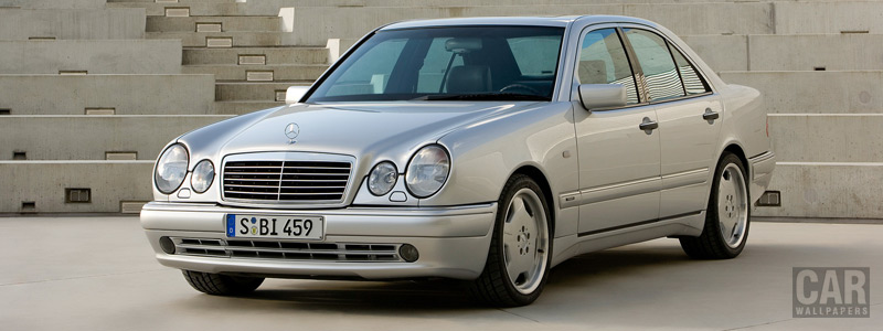 Обои автомобили Mercedes-Benz E50 AMG - 1996 - Car wallpapers