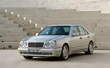 Обои автомобили Mercedes-Benz E50 AMG - 1996