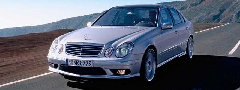 Обои автомобили Mercedes-Benz E55 AMG - 2002 - Car wallpapers