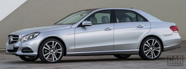 Mercedes-Benz E350 4MATIC - 2013
