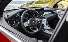Обои автомобили Mercedes-Benz GLC 300 4MATIC Coupe AMG Line - 2019