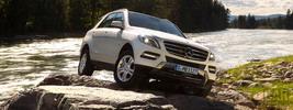 Mercedes-Benz ML350 4MATIC BlueEFFICIENCY - 2011