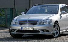 Обои автомобили Mercedes-Benz S-class AMG Sports Package - 2005