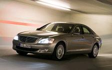 Обои автомобили Mercedes-Benz S500 4MATIC - 2006